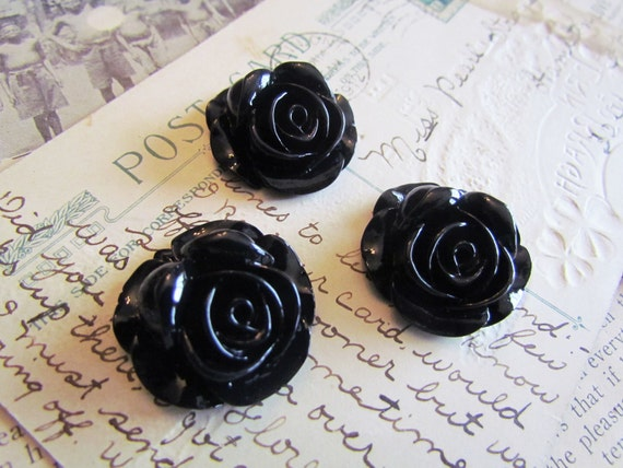 Black Flower Cabachons (Piper Collection) 27x27mm 3pcs - Ships IMMEDIATELY from California - C09B