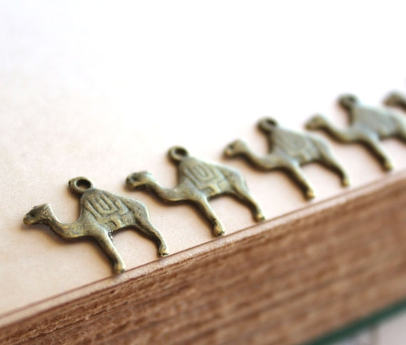 20pcs Antique Bronze Camel Charms 16x16mm - Ships Immediately from California - BC287