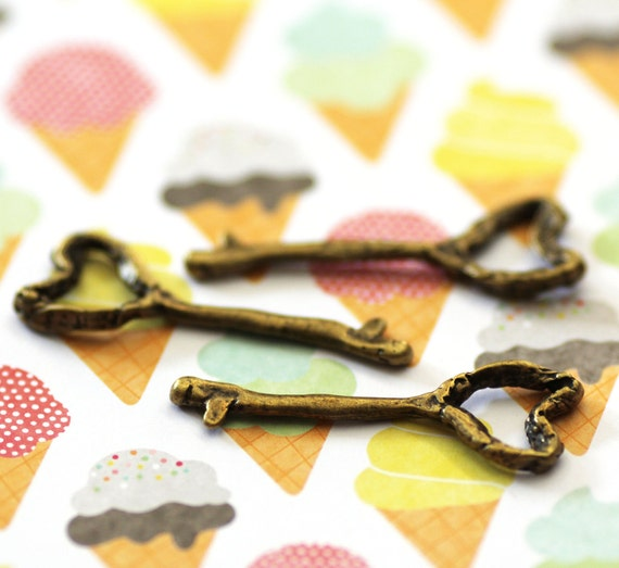 Bronze Key Charms - Antique Bronze - Heart - 54x19mm - 3pcs - Ships IMMEDIATELY  from California - BC11