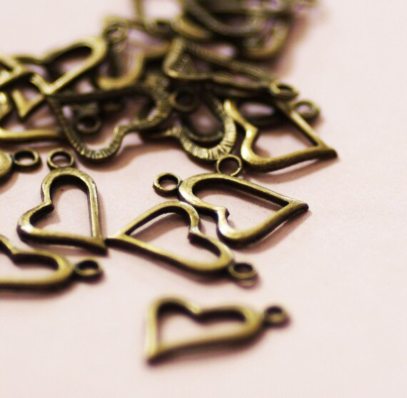 Heart Charms Bronze Antique 20x11mm 25pcs - Ships IMMEDIATELY  from California - BC59