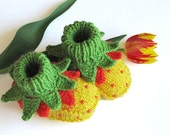 Baby booties Spring Tulips, hand knitted