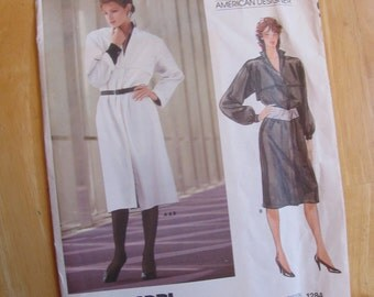 Uncut Vogue 1284 Sewing Pattern - Adri - Size 10