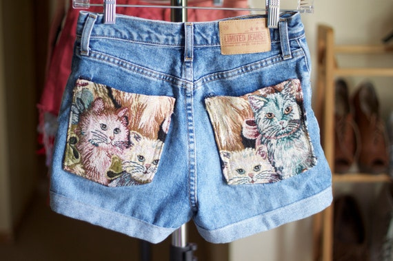 Mini Penny Cat tapestry pocket shorts