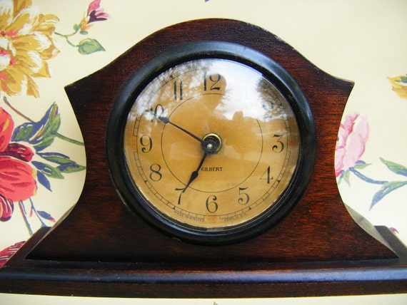 Antique Gilbert Mantle Shelf Clock, Made in Winsted, Conn USA