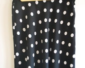 Vintage Black and white spotty knee length skirt - size 10