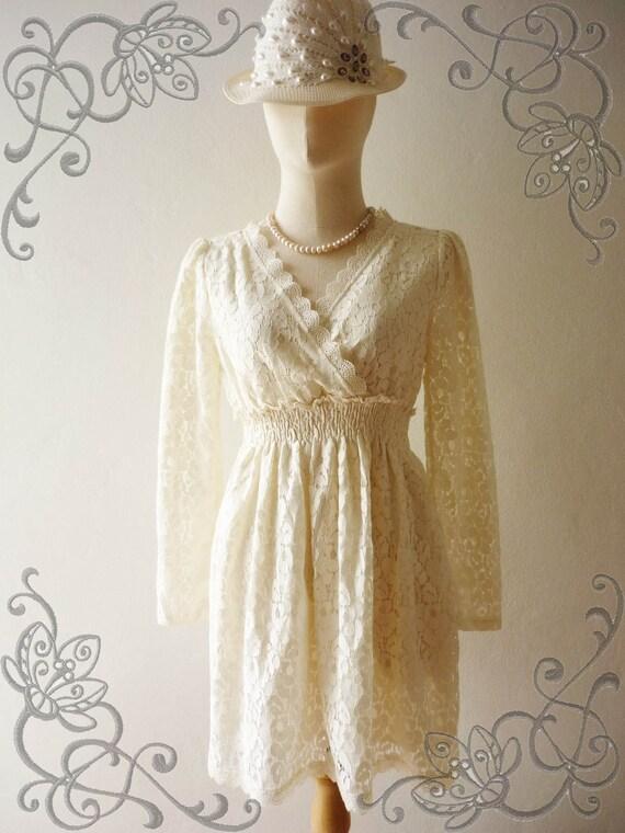 SALE --Amor Vintage Inspired- I'm So Beautiful- Sweet Vintage Feminine Style Long Sleeve Classic White Cream Flower Filigree  Lace Dress