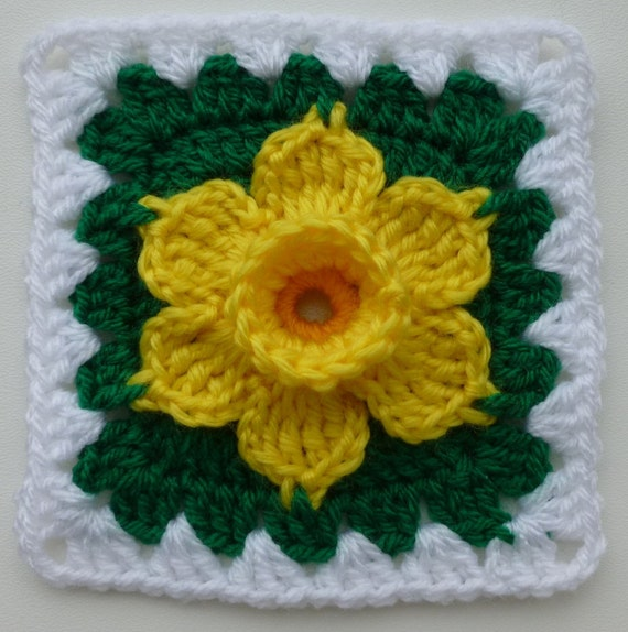 Instant Download crochet PDF pattern - Daffodil in granny square