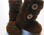Crochet infant ankle boots.  Baby booties.  Ready to ship.  6 to 12 months.  Merino wool.