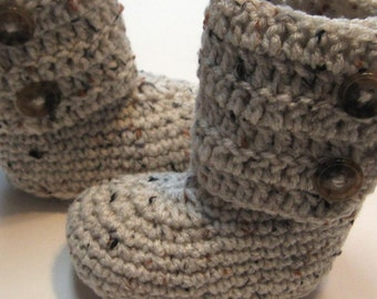 Crochet infant and toddler ankle boots.  Made to order.  0 to 3 months, 3 to 6 months, 6 to 12 months, 12 months, 18 months, 24 months.