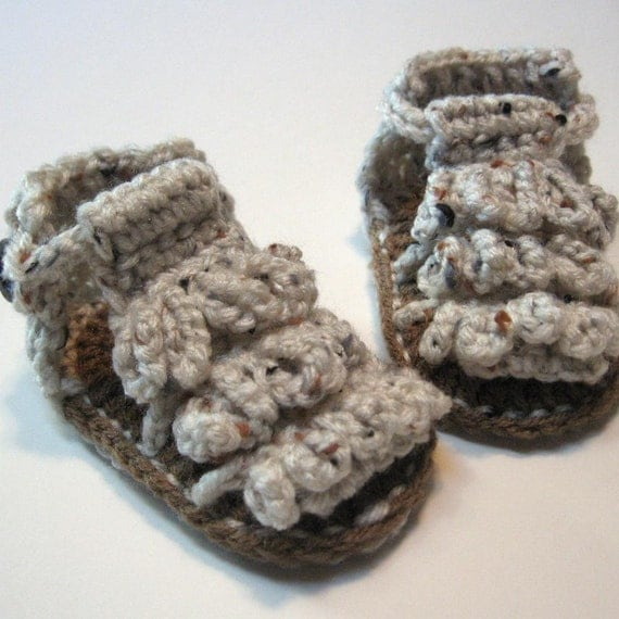 Baby Sandals.  Crochet.  0 to 6 months.  Ready to ship.  Summer baby booties.  Summer sandals.