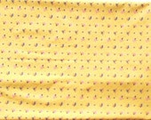 Vintage 100% cotton Yellow Fabric with small roses for Clothes Bags Patchwork Quilting Pillows 35 inches x 2,8 yards