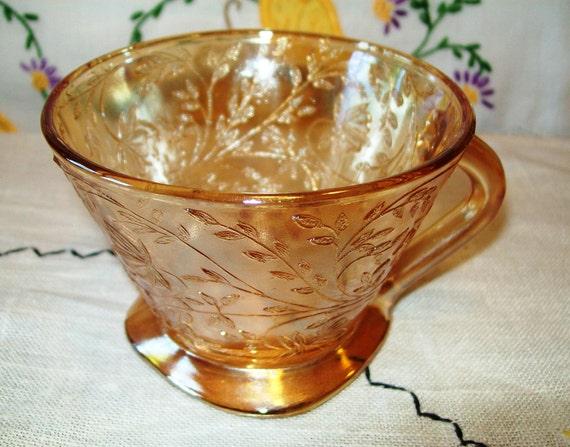 Vintage Glass Floragold Louisa Teacup, Jeannette Glass Company