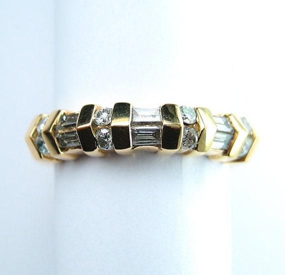 Estate 0.75ct channel  BAGUETTE ROUND Diamond wedding band, ring in 14k yellow gold