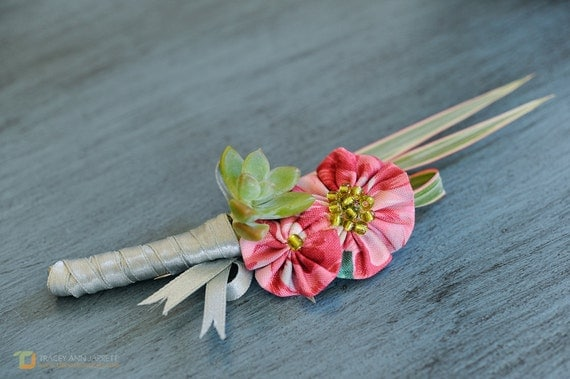 YoYo Boutonniere Made To Order