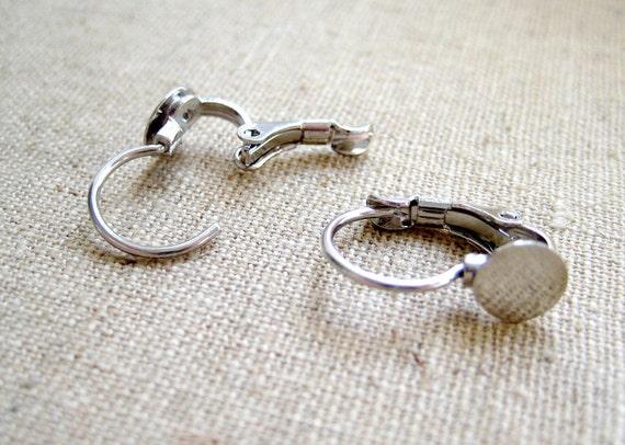 10 Pcs - Dark Silver Clip Earrings with Tray - 16mm long, Tray: 6mm