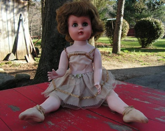 1940s Valentine Doll Ballerina with En pointe Toe original outfit