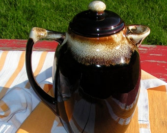 Large Glazed Drip Coffee Pot Teapot from the 50s marked