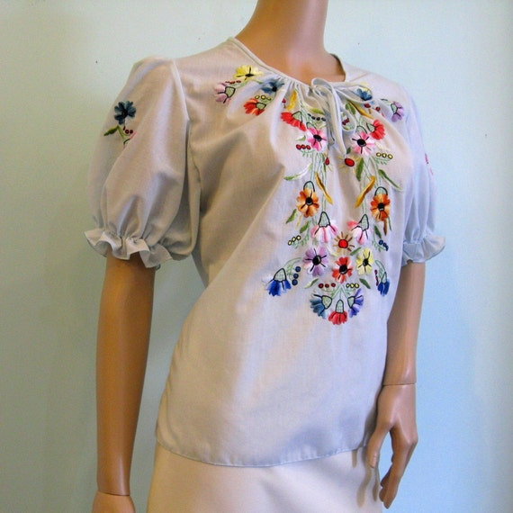 1970s Embroidered PEASANT BLOUSE // Summer Blouse // S/M