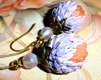 Flower petal earrings - Blooming Beads with bronze and vintage beads Polymer clay