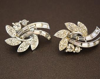 Vintage Silver Toned Metal and Rhinestones Clip On Earrings LISNER
