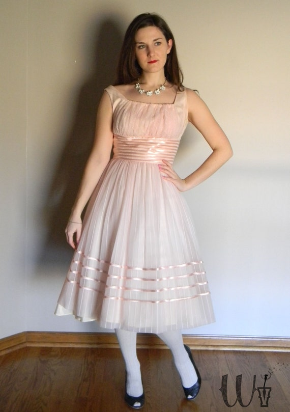 25% off, Moving Sale - Pink Party Dress Vintage 50's Ribbon Detail / Spring