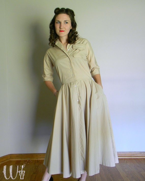 Spring SALE - 50's Shirtwaist Dress Tan Cotton Circle Skirt / Marshall Fields Pocket Monogram