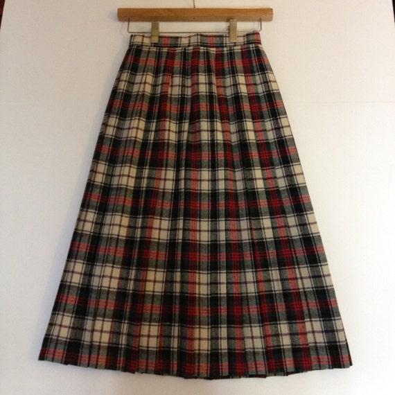1960s Pleated Plaid Skirt