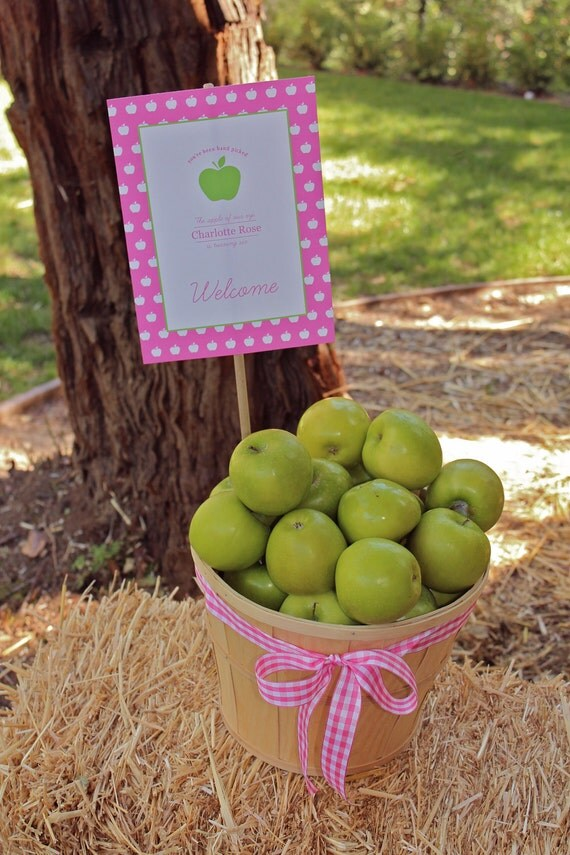 Printable Welcome Sign- Apple of My Eye Party by Bloom