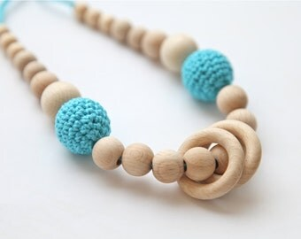 Babywearing  nursing necklace. Teether. Mammy and baby teething necklace. Blue cyan aqua wooden rings necklace.