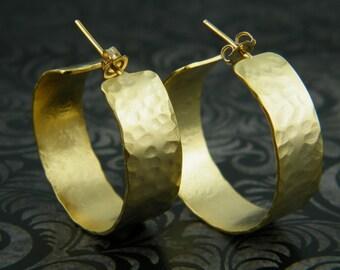 Gold circle earrings hammered gold hoop earrings