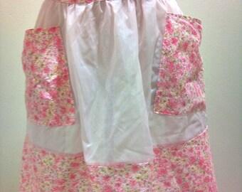 1960's  Vintage Pink Floral Apron/Pinny