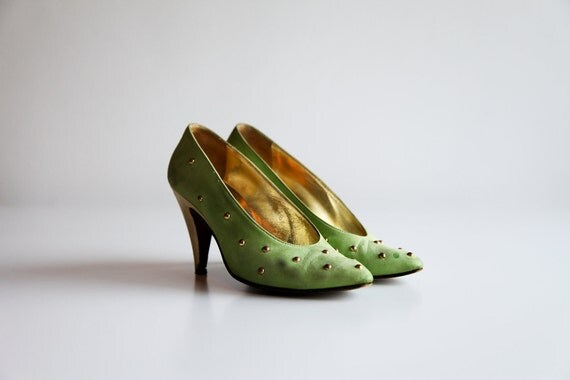 Vintage ESCADA Lime Green Suede Studded Heels Size 5