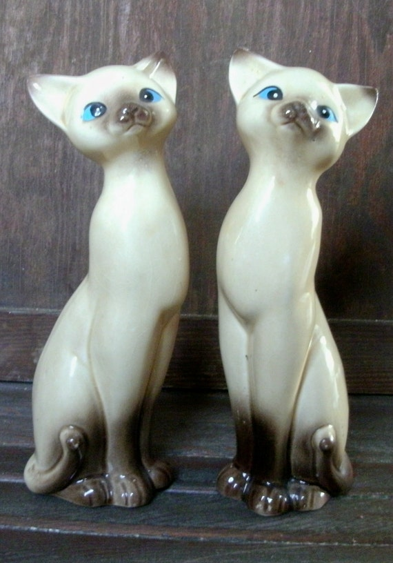 Vintage Pair of Ceramic Chocolate Point Siamese Cat Figurines