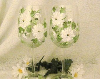 Daisies  pair of wine glasses hand painted