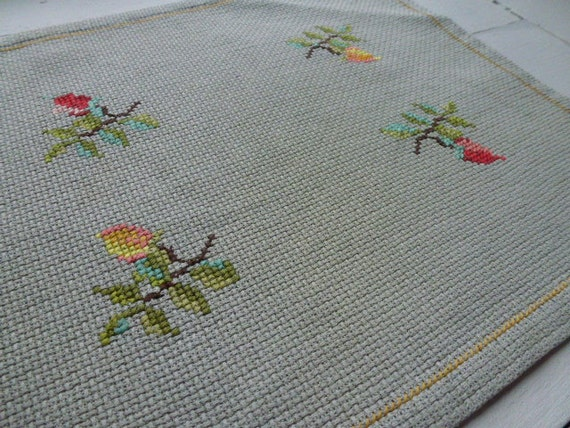 RESERVED / SOLD  Vintage Swedish tablecloth / Small cross stitch