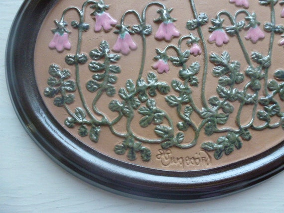 SOLD TO KATHY Vintage Swedish ceramics wall plaque / Linneae flowers
