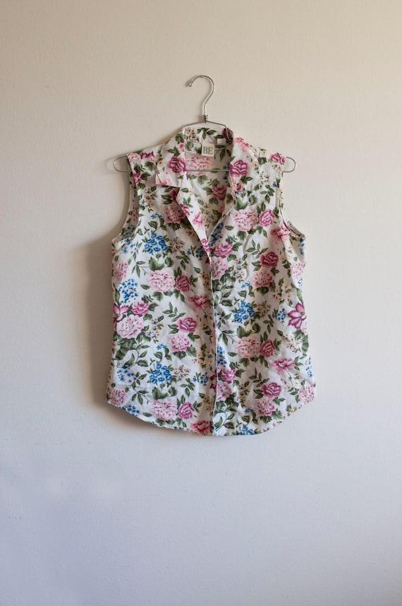 1990s MED/LRG sleeveless button down shirt