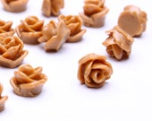 20 brown resin tiny small rosebud rose flower cab cabochon 7.5mm 20pc (504) - Flat rate shipping