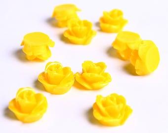 10mm Dark yellow flower cabochon - Yellow rosebud cabochons - Yellow rose cabochons - 3d cabochons (071) - Flat rate shipping