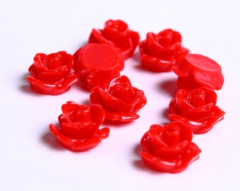 10mm Red flower cabochons - Rosebud cabochons - Rose cabochons - Floral cabochons - Resin flower cabochons (073) - Flat rate shipping