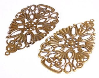 Antique brass Drop filigree charm - Drop pendants - Drop connector - 6 pieces (552) - Flat rate shipping