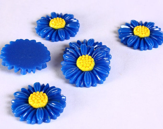Sale Clearance 20% OFF - 27mm  blue flower cabochons - 27mm blue daisy cabochons - 6 pieces (620)