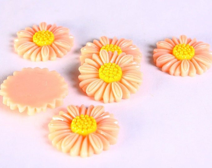 27mm peach daisy cabochons -27mm flower cabochon - 6 pieces (624) - Flat rate shipping