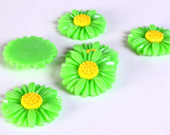 Sale Clearance 20% OFF - 6pc 27mm lucite rose resin flower cab cabochon daisy green 6 (633)