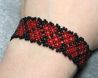 Instant Download Beading Pattern Seed Beaded Bracelet Tutorial with Photos Netting Netted Hearts Toho Beadweaving Seed Instructions PDF