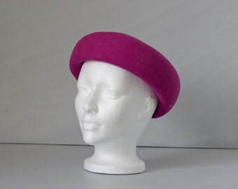 Vintage 1950s purple Sunday church hat