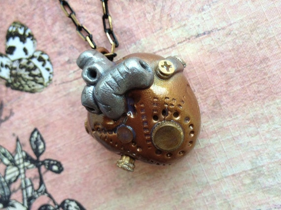 Steampunk Mechanical Heart Pendant - Necklace