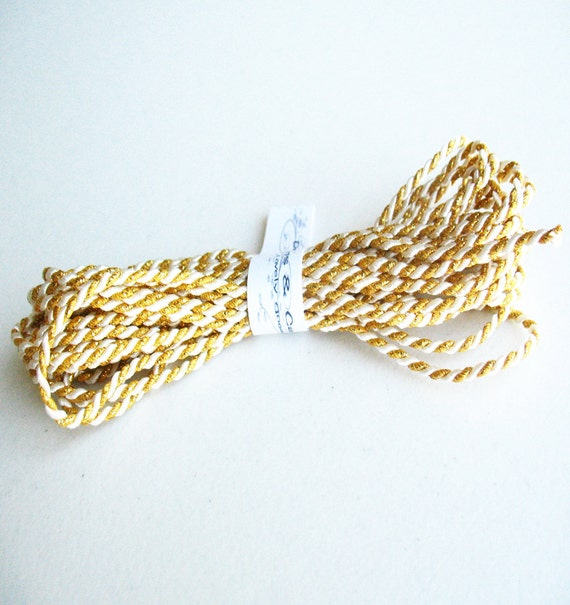 10yd twine gold with white cord -gift wraping-paching-decor-favor-tag cord