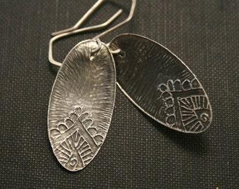 Peek of paisley etched sterling silver earrings