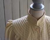 SALE RAINCOAT- Spring Time Rainy Day Beige / Cream Belted Trench Coat Sz S